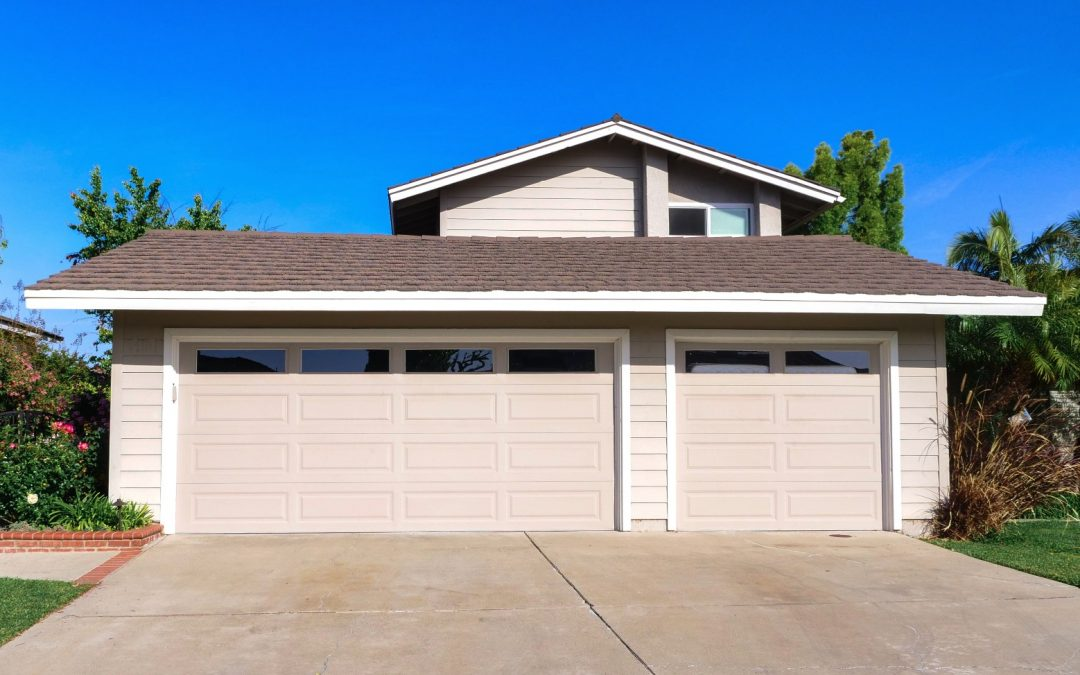 Remove Garbage Smell from Garage